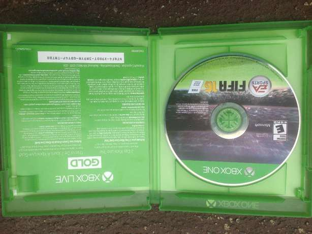 Original Xbox one Fifa 16&17 game Cds for swap with an adventure game Ibadan North - image 2