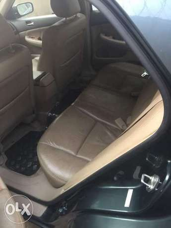 Honda accord well used Lagos Mainland - image 3
