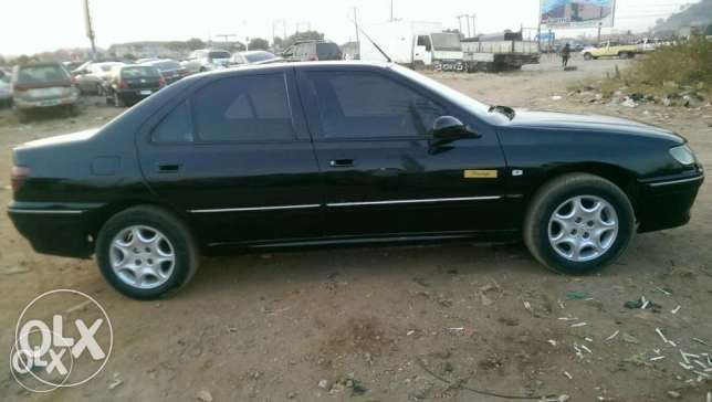 Very Neat and SHARP Peugeot 406 up for grabs! Abuja - image 2