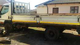 Mitsubish body and gearbox for sale