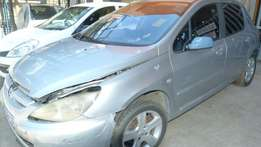 Stripping for parts Peugeot 307 2.0L XS AUTO
