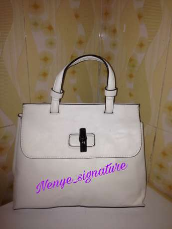 thrift/branded and unbranded fashion handbags Surulere - image 2