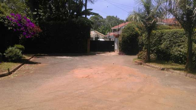 Thigiri ridge 0.5 acre at shs 55 million Nairobi CBD - image 2