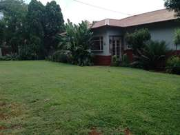 3 Bedroom House for sale with two flatlets in Pretoria Gardens