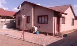 House for sale by Kgomotso
