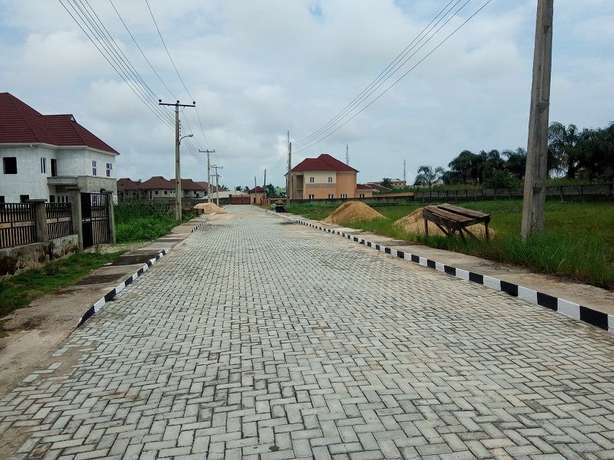 Affordable lands in an a existing Estate for all income classes Alimosho - image 3