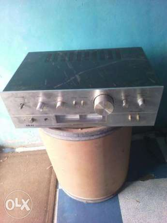Akai amplifier in good condition no issue at all Apamu - image 1