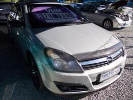 Opel Astra 1.6 Essential 5dr in Excellent Condition!