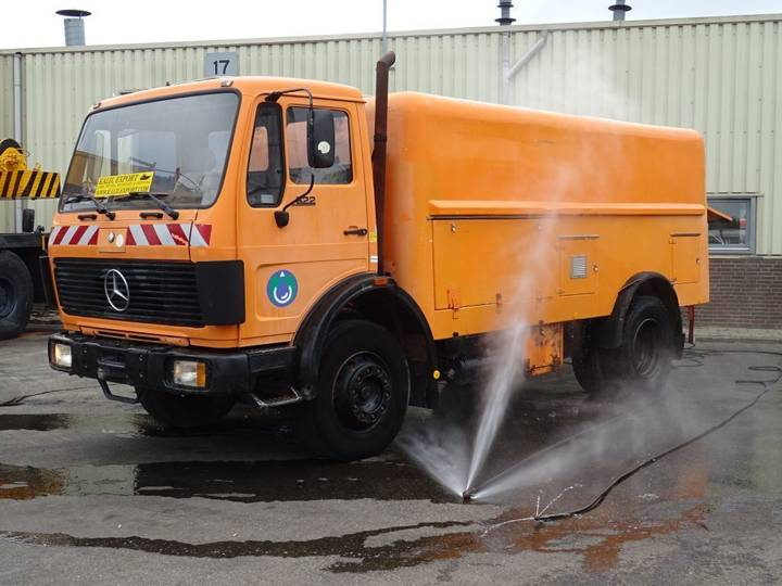 Mercedes-Benz 1622 V6 High Pressure Water Cleaning Truck Good Condition - 1986