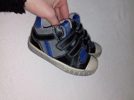e8595be9 В идеале 22р. кожанные демисезонные ботинки скейтера стелька 14см Киев -  изображение 1