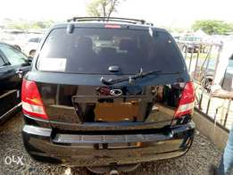 Excellent 2006 Kia Sorento for grab