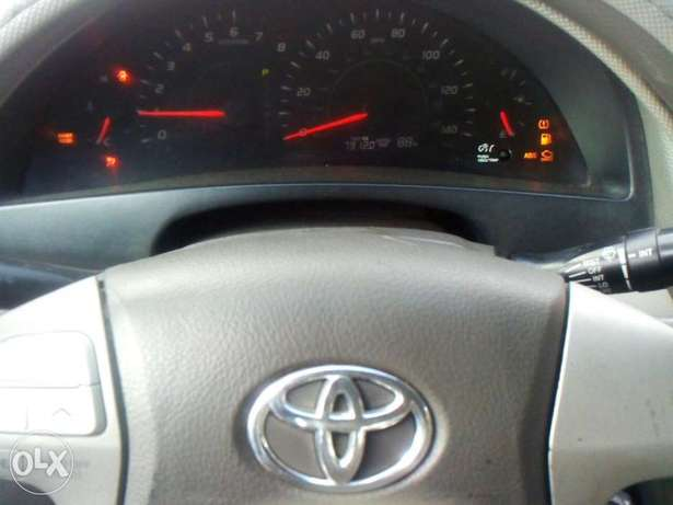 Very clean toyota camry 08 for urgent sales Surulere - image 7