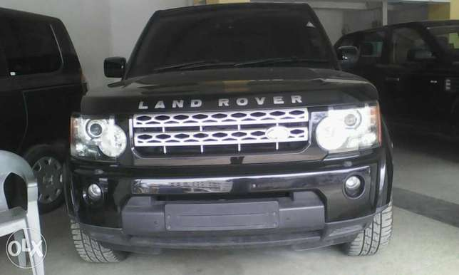 Range Rover Discovery 3.0 cc X UK loaded with triple sunroof Mombasa Island - image 1