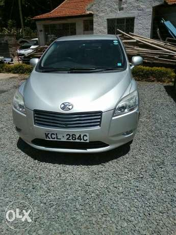 Toyota Mark X Zio 2009 7seater. Lady owned. City Centre - image 1