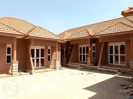 A good doubleroomed house for rent in kyanja at 550k