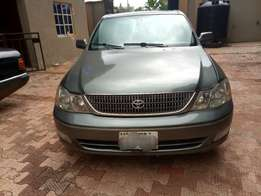 Clean Toyota Avalon for sale