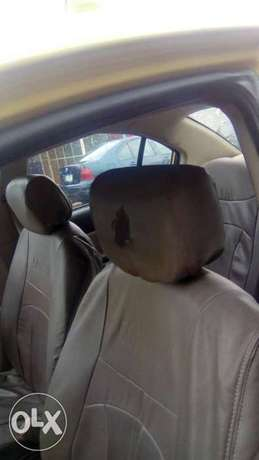 Hyundai accent 2009 model for fast sell Surulere - image 4