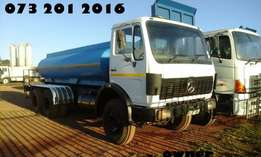 Merc benz 10000L water tanker with hydraulics