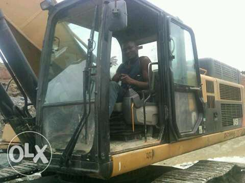 Am an excavator operator and consultant Lekki - image 1
