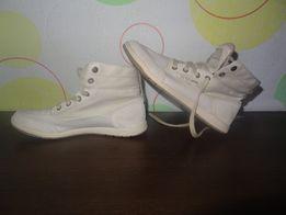 Спортивне Взутт - Жіноче взуття - OLX.ua ca7642a43f196