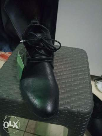 Black official boots Ruaka - image 2