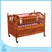 Extendable baby bed