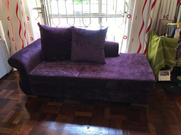 Divan; Classic; 3seater; royal purple; elegant; unisex; as new. Kyuna - image 3