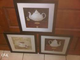 3 solid dark oak wood frames with Coffee Cafe themed quality pictures