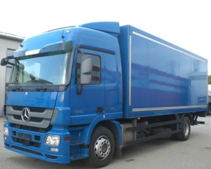 Mercedes-Benz ACTROS 18 36 FURGON PAQUETERO - 2009