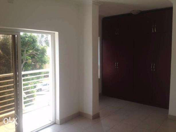Top Notch 3 Bedroom Flat at Lekki Lagos Mainland - image 2