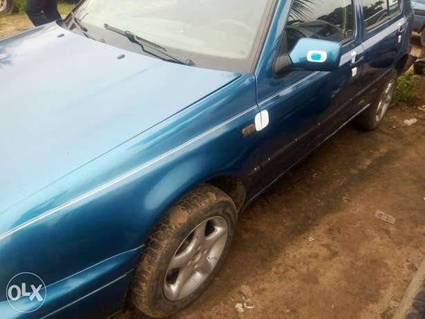 Sound fairly used golf 3 buy and drive Port-Harcourt - image 6