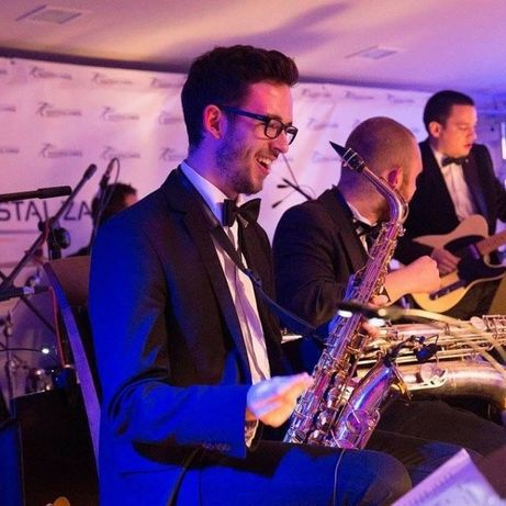 Saksofonista Na Bankiet Imprezę Firmową Wesele ślub Saksofon Live