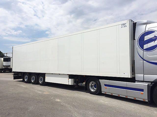 Schmitz Cargobull SKO 24/27 - 2009