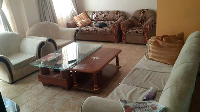 5 seater cream and 4 seater broen sofa Kikuyu T-Ship - image 1