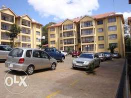 3 bedroom with a dsq very spacious and few in the compound