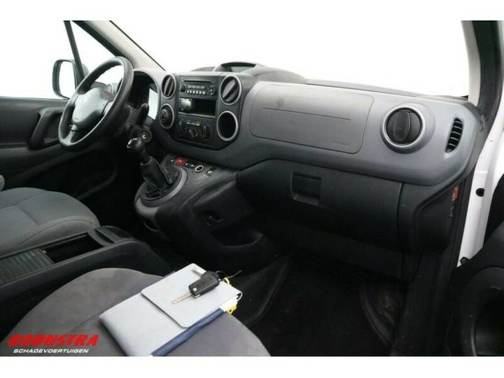 Peugeot Partner 1.6 E-HDI XT Schiebetür Klima Tempo - 2013 - image 13