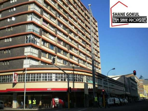 1.5 bedroom unit in South Beach Durban - image 2