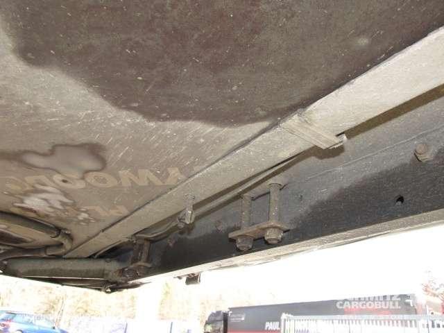 Schmitz Cargobull Curtainsider Varios - 2012 - image 11