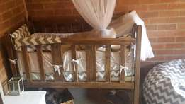 Antique cot with linen and matressbe