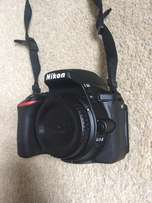Nikon D5500 - 18/55mm and f1.8 35mm for sale