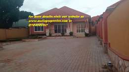 brand new 4bedrooms bungalow in naalya at 500m