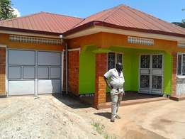 House on sale..great deal.at mpala nkumba entebbe