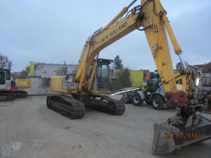 New Holland E 245 B - 2007 - image 2