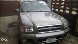 Very clean Nissan Pathfinder jeep for sale
