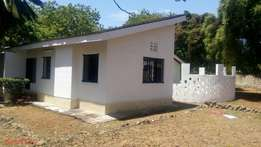 4 bedroom Bungalow for rent in nyali 4444
