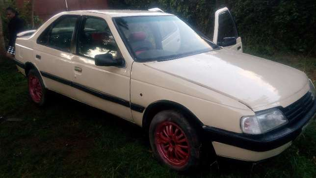 A well maintained Peugeot 405 Uthiru - image 8