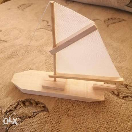 Hand made wooden boat 20.000LL