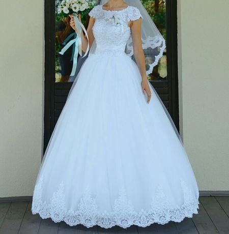 ef86d25524df1f Продам розкішну весільну сукню: 3 000 грн. - Весільні сукні Клесів ...