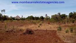 10 acre land on second row to the beach in kikambala FOR SALE