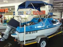 MoonRaker Cabin with 90hp Yamaha 2-stroke
